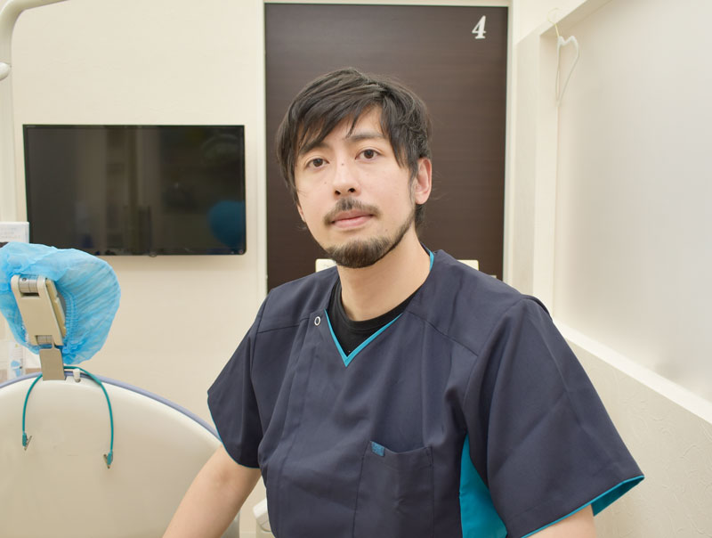 にいつま歯科 歯科医師 田中 俊旭
